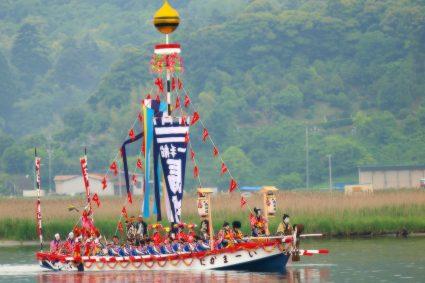 日本三大船神事の一つ松江のホーラエンヤ